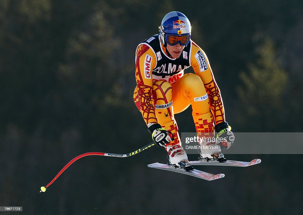 Canadian Erik Guay speeds down the course, 29 December 2007 during the Men's FIS Alpine World Cup Downhill event in Bormio. American Bode Miller claimed his first World Cup victory of the season, Canadian Erik Guay finished 8th.