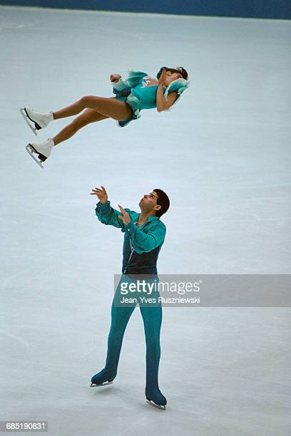 Canadian figure skaters Isabelle Brasseur and Lloyd Eisler at the 1993 World Championships where they won Gold