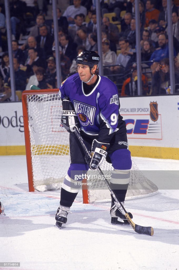 Gretzky At The All Star Game : News Photo