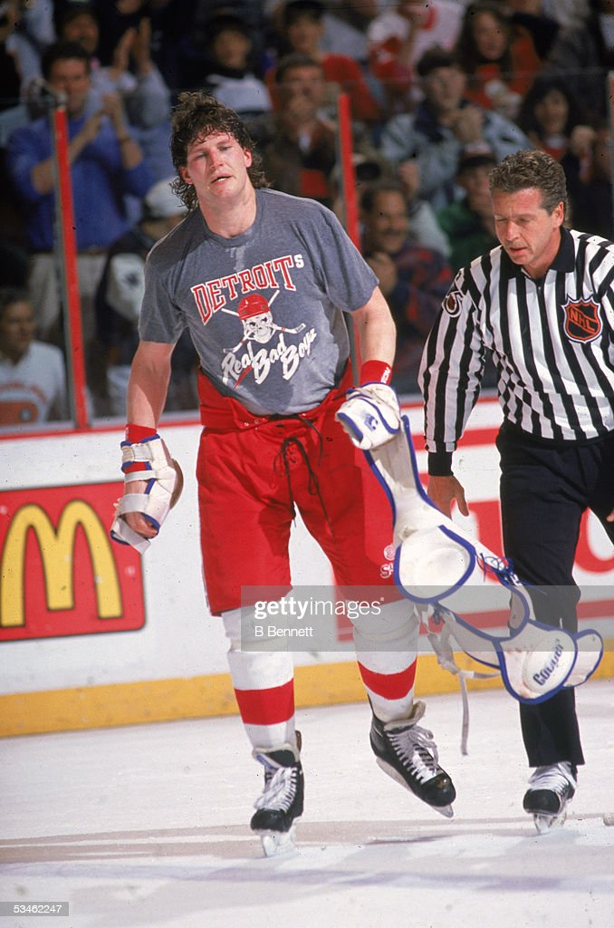Probert Leaves The Ice : News Photo