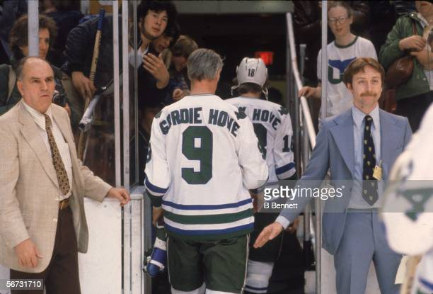 Canadian hockey player Gordie Howe of the Hartford Whalers leaves the ice after a game at the Hartford Civic Center Hartford Connecticut April 1980...