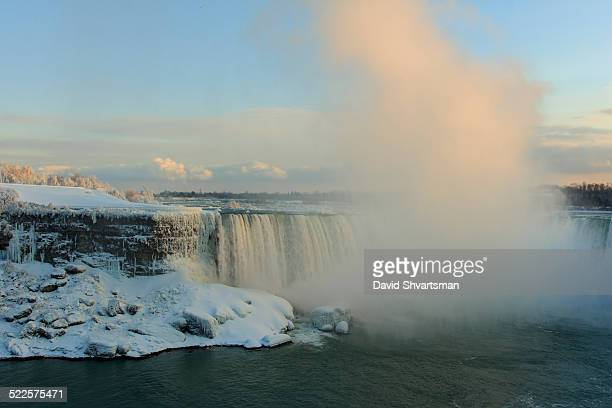 Canadian Horseshoe falls coverd in ice