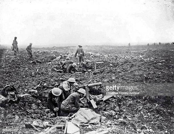 Canadian machine gunners at Vimy Ridge World war one April 1917
