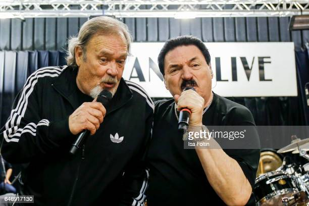 Canadian musician singer and songwriter David ClaytonThomas and Bobby Kimball singer of the band Toto perform at the Man Doki Soulmates Wings Of...