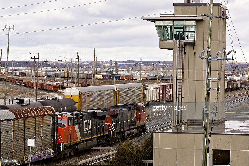 canadian national railway engineers on strike photos and images