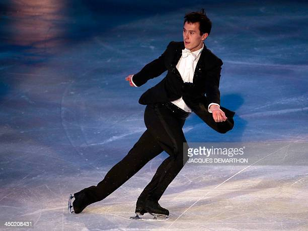 Canadian Patrick Chan skates on November 17 2013 in Paris during the gala exhibition of the Trophée Eric Bompard figure skating at the Palais...
