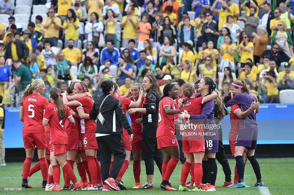 FBL-OLY-2016-RIO-BRA-CAN : Foto jornalística