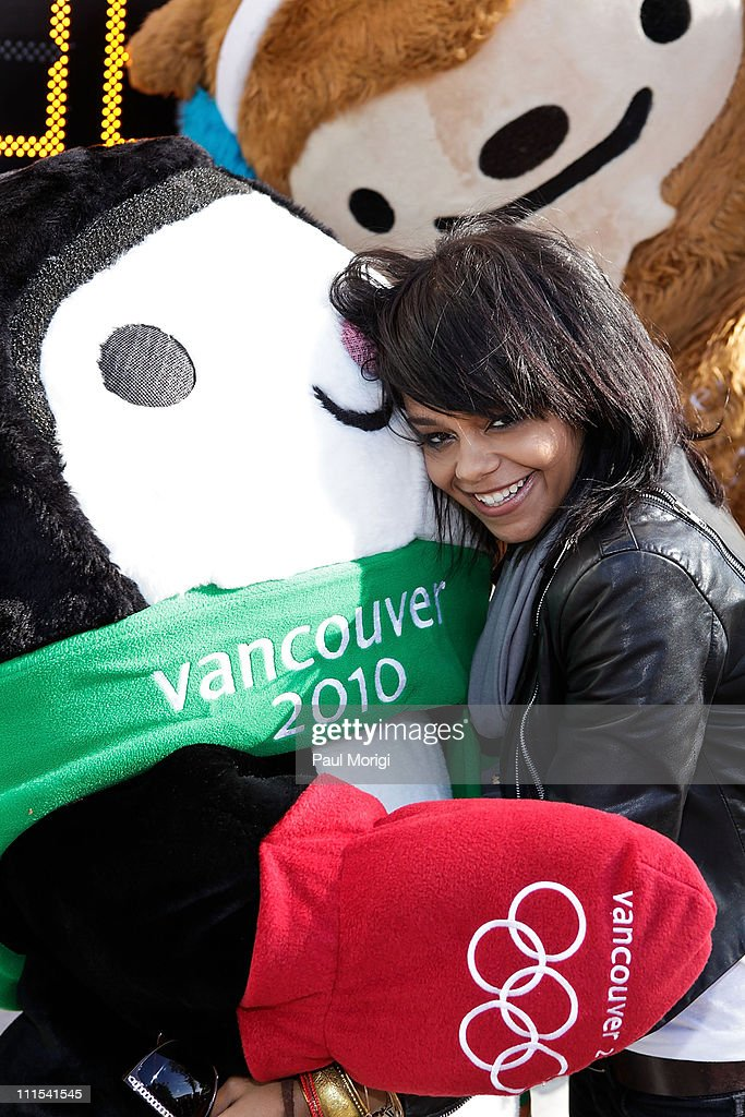 OMEGA Unveils Official Countdown Clock to Celebrate the 100-Day Countdown to the 2010 Olympic Winter Games in Vancouver : News Photo