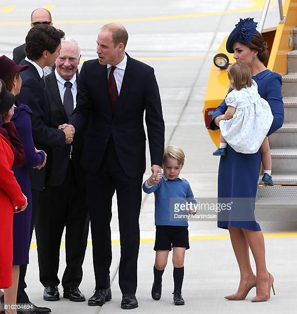 Canadian Prime Minister Justin Trudeau and his wife Sophie GregoireTrudeau meet Prince William Duke of Cambridge Catherine Duchess of Cambridge...