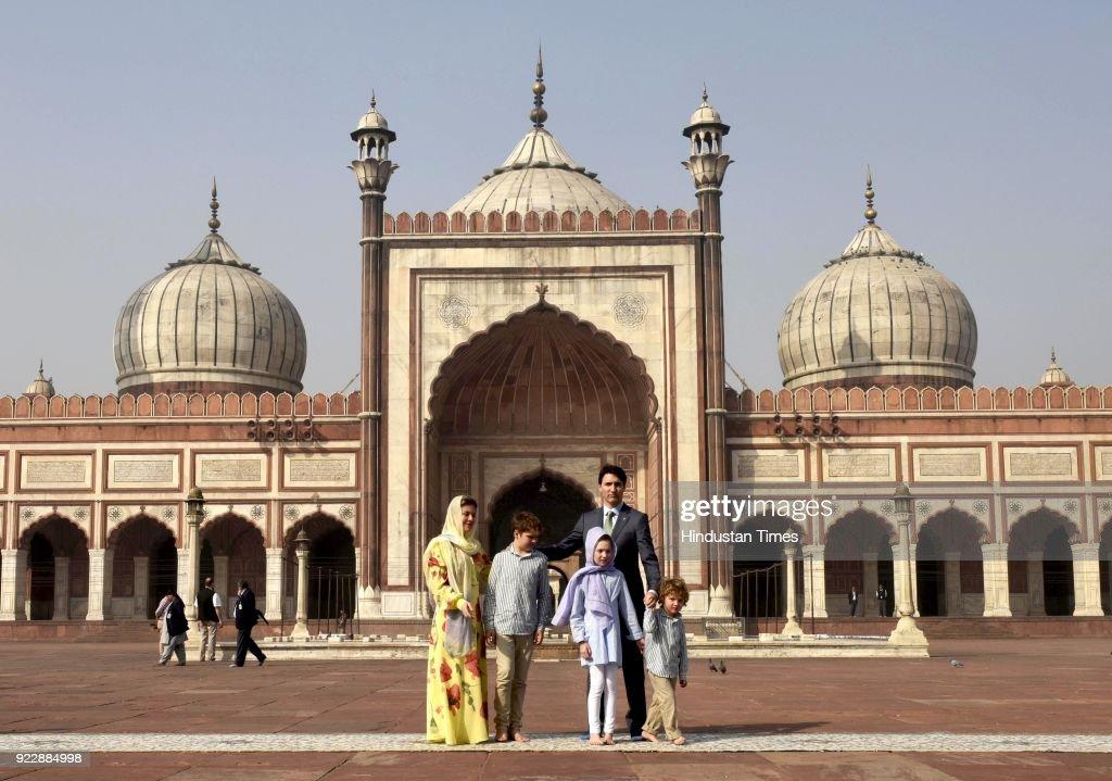 Justin Trudeau In India: Canada Prime Minister Visits Jama Masjid : ニュース写真