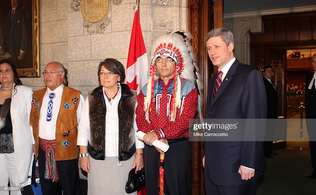 In Act Of Reconciliation, Canada Apologizes For Aboriginal Abuses : News Photo