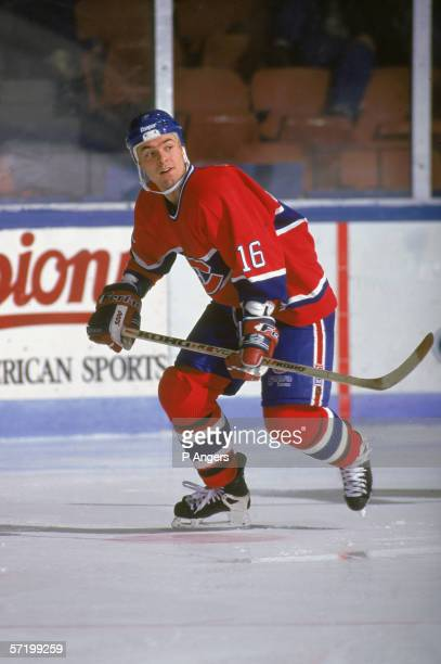 Canadian professional hockey player Darcy Tucker of the AHL's Fredericton Canadiens participates in a road game December 1995 The Fredericton...