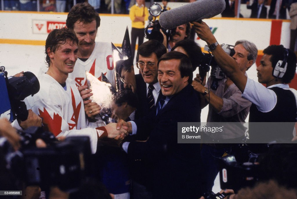 1984 Canada Cup : News Photo