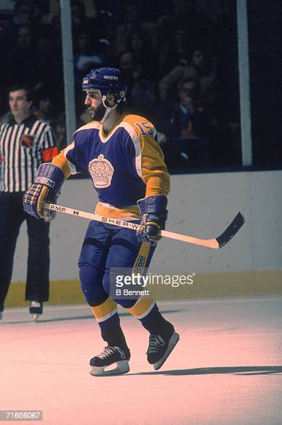 Canadian professional ice hockey player Daryl Evans of the Los Angeles Kings skates on the ice during a game against the New York Islanders Nassau...