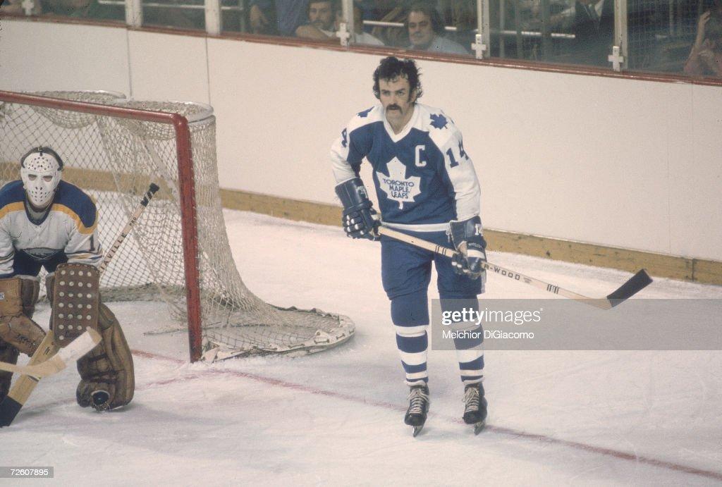 Dave Keon On The Ice : News Photo