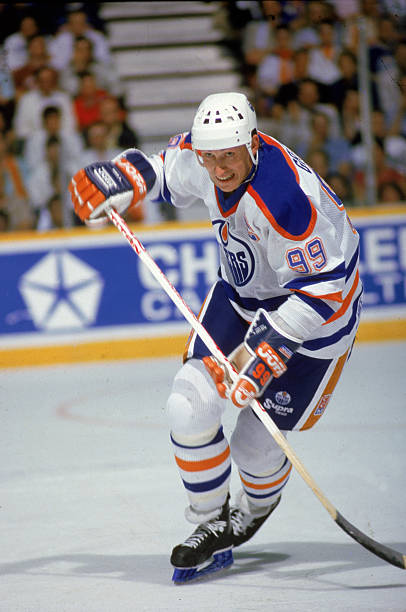 Wayne Gretzky In Action