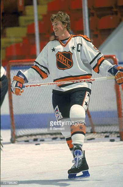 Canadian professional ice hockey player Wayne Gretzky skates on the ice for Team NHL during a practice at the RendezVous '87 event between Team NHL...