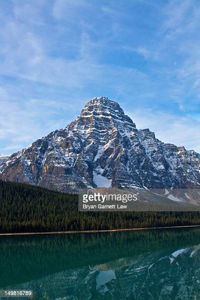 canadian rockies sight - canadian rockies stock pictures, royalty-free photos & images