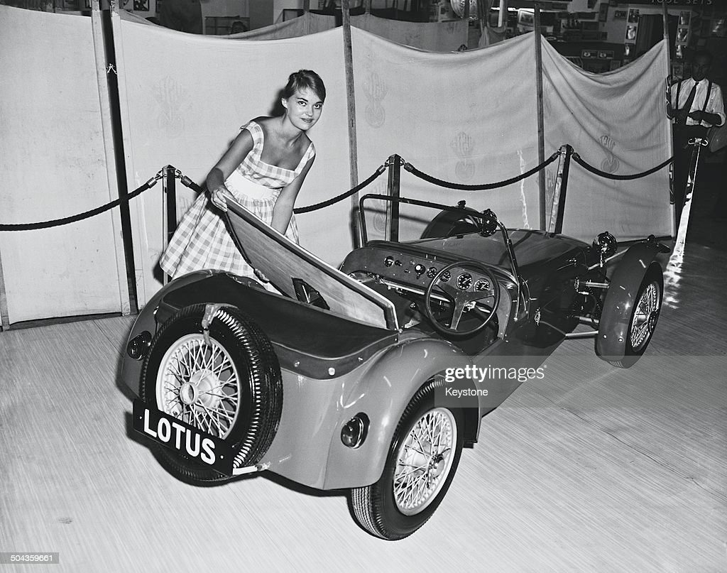 canadian sally hall with a lotus seven kit car at the international