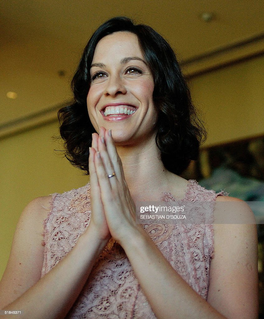 Canadian Singer Alanis Morissette Holds A Photocall In Bombay Photos