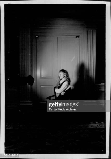 Canadian Singer Loreena McKennittLoreena McKennitt poetry lover harpist singer adventurer and business womanTake equal portions of Enya Kate Bush...