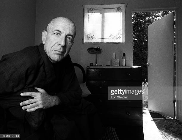 Canadian singer songwriter poet and novelist Leonard Cohen is photographed for Los Angeles Times on August 17 1995 in Los Angeles California...