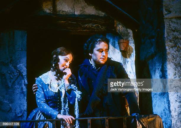 Canadian soprano Teresa Stratas and Spanish tenor Jose Carreras perform at the final dress rehearsal prior to the premiere of the Metropolitan...