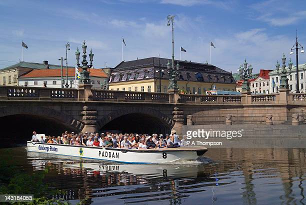 canal boat trip, gothenburg, sweden - västra götaland county stock pictures, royalty-free photos & images
