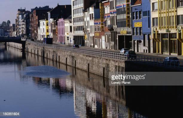 Canal de Charleroi.