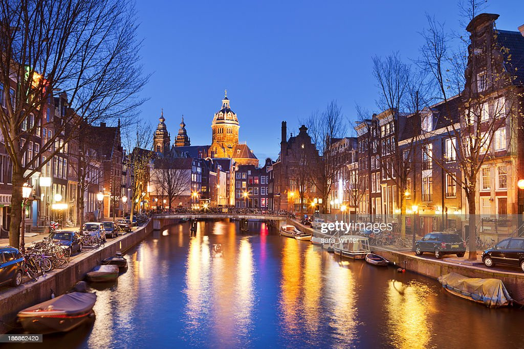 Canal in Amsterdam, The Netherlands by night : Stock Photo