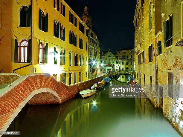 canal in venice - bernd schunack stock pictures, royalty-free photos & images