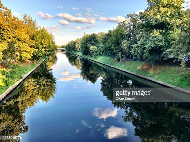 canal - canal stock pictures, royalty-free photos & images
