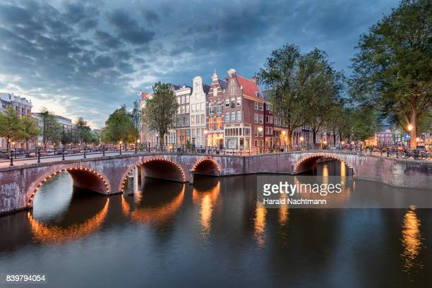 canal reflection - netherlands stock pictures, royalty-free photos & images