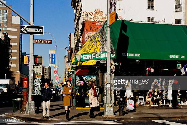 canal street in manhattan - canal street manhattan stock pictures, royalty-free photos & images