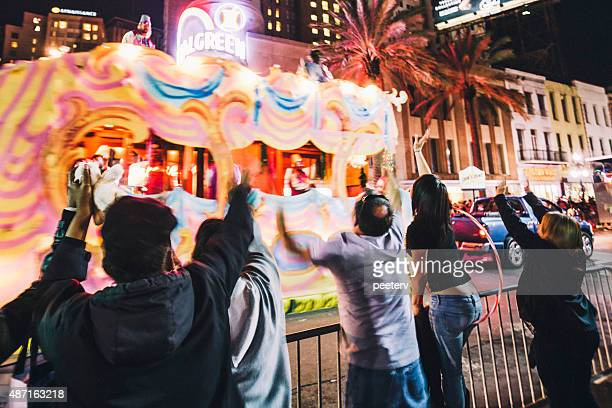 canal street mardi gras crowd, new orleans. - mardi gras parade stock photos and pictures