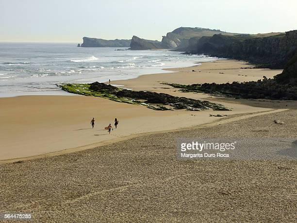 canallave beach - cantabria fotografías e imágenes de stock