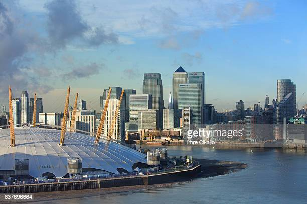 canary wharf and the o2 - greenwich london stock pictures, royalty-free photos & images