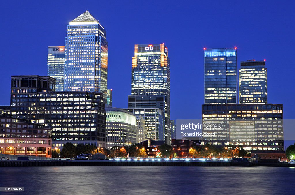 Canary wharf at night : Stock Photo