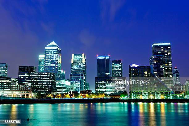 canary wharf - canary wharf stock photos and pictures