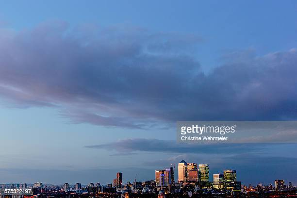 canary wharf sunset - christine wehrmeier stock pictures, royalty-free photos & images