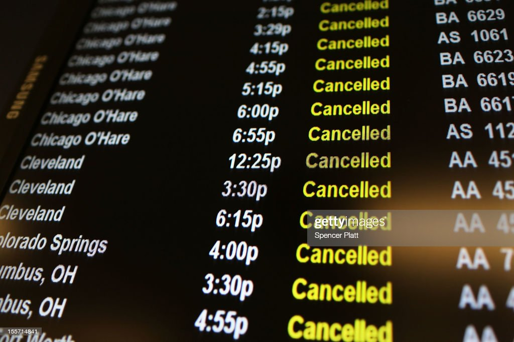 Air Travel In New York City Disrupted By Nor'Easter Storm : News Photo