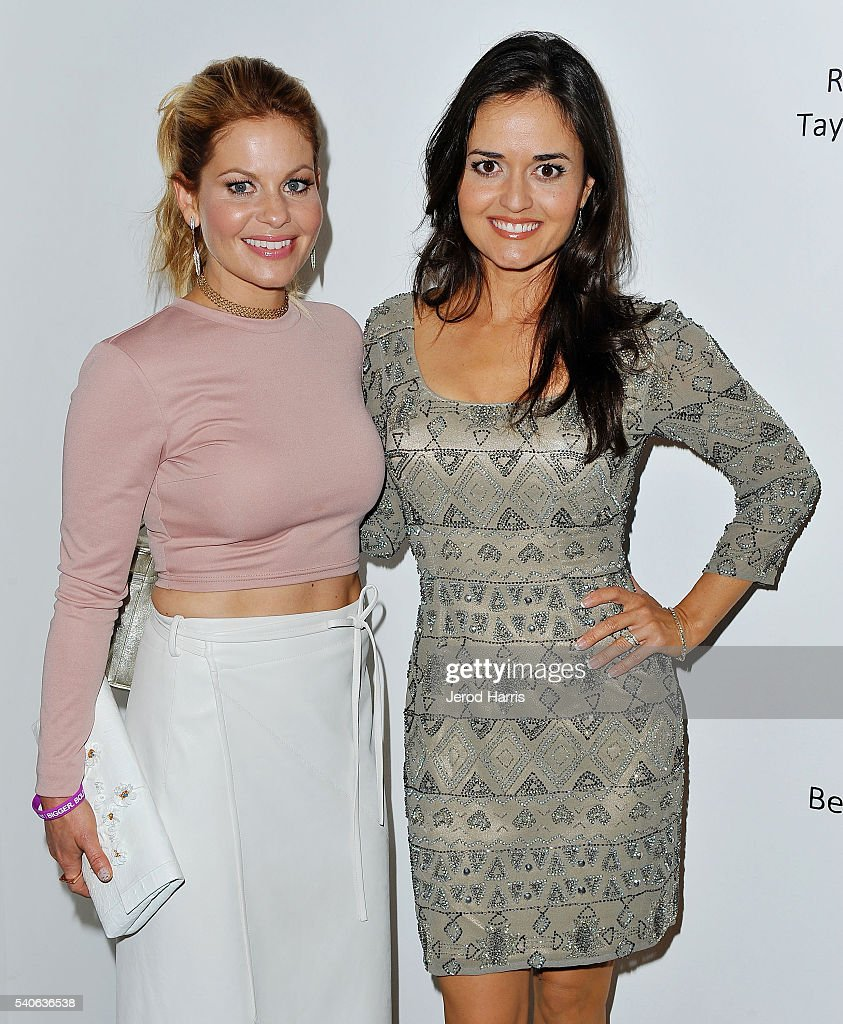 Candace Cameron-Bure and Danica McKellar attend Art For ALS at Arena 1 Gallery at the Santa Monica Art Studios on June 15, 2016 in Santa Monica, California.