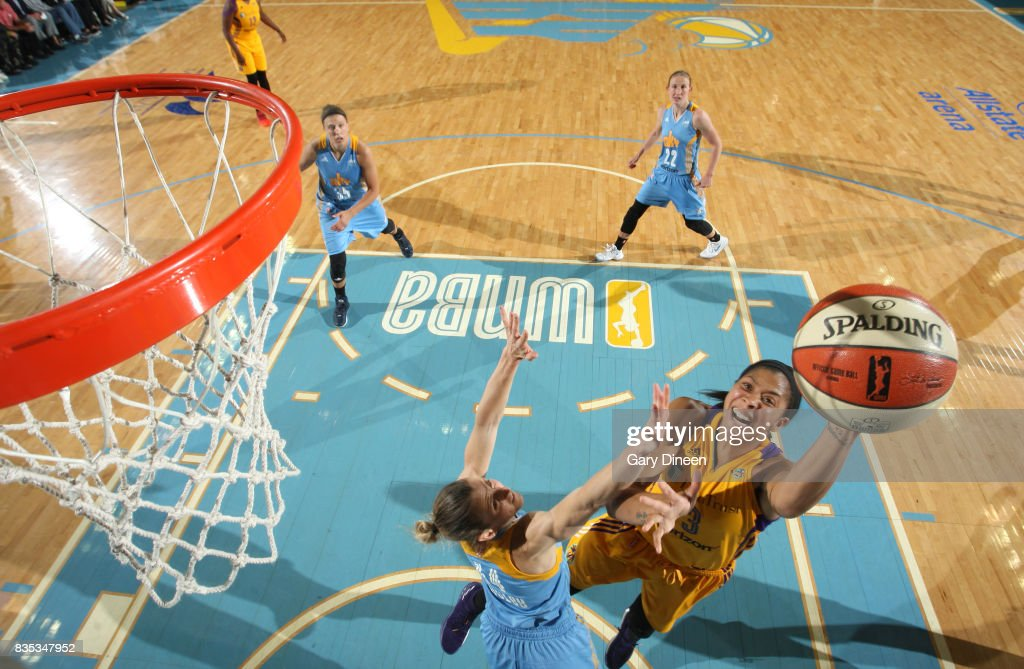 Candace Parker #3 of the Los Angeles Sparks shoots the ball against the Chicago Sky on August 18, 2017 at Allstate Arena in Rosemont, IL.