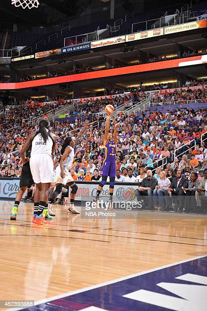 Candace Parker of the Western Conference AllStars shoots during the 2014 Boost Mobile WNBA AllStar Game on July 19 2014 at US Airways Center in...