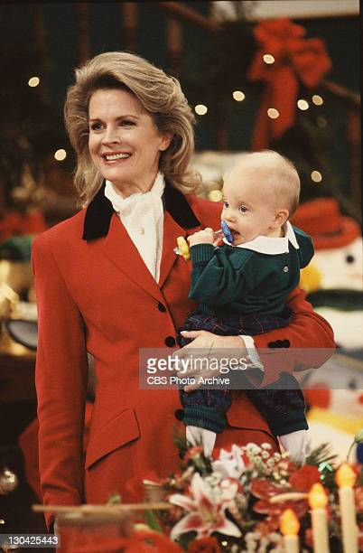 BROWN Candice Bergen as Murphy Brown and with child actor playing Avery Brown Image dated November 20 1992