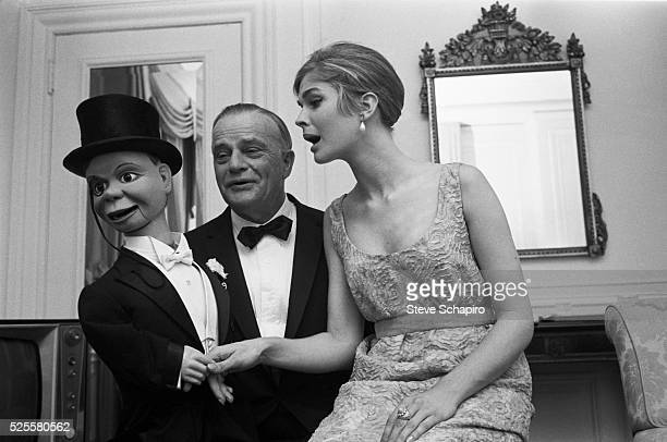 Candice Bergen with her father Edgar and his ventriloquist dummy Charlie McCarthy