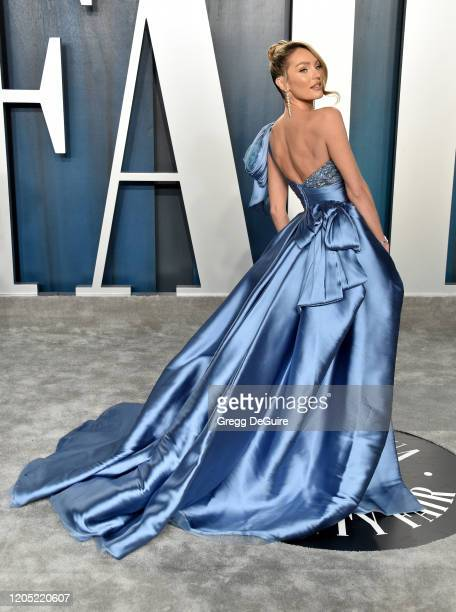 Candice Swanepoel attends the 2020 Vanity Fair Oscar Party hosted by Radhika Jones at Wallis Annenberg Center for the Performing Arts on February 09...