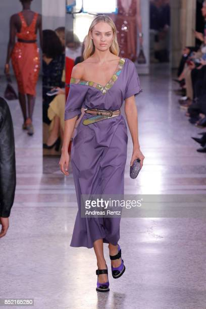 Candice Swanepoel walks the runway at the Bottega Veneta show during Milan Fashion Week Spring/Summer 2018 on September 23 2017 in Milan Italy