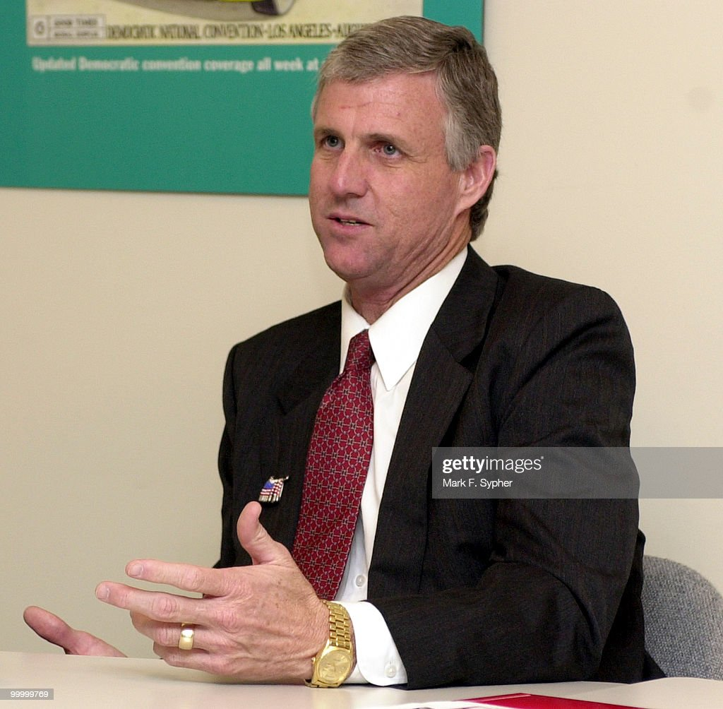 Candidate Ed Tinsley : News Photo
