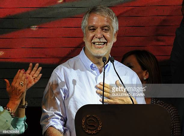 Candidate Enrique Penalosa delivers a speech after being elected Bogota's mayor on October 25 2015 in Bogota Colombians went to the polls Sunday to...